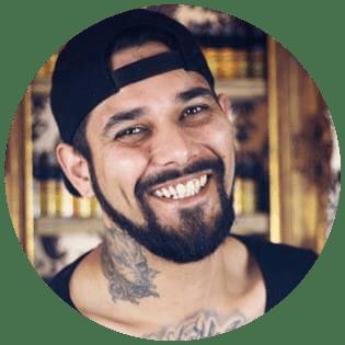 Tattoo-Künstler Basti